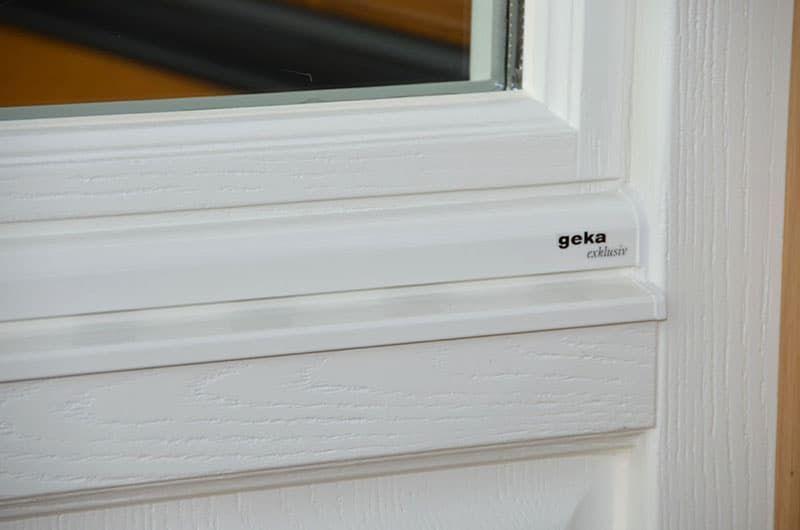 Немецкое состаренное окно (обработка пескоструйкой)