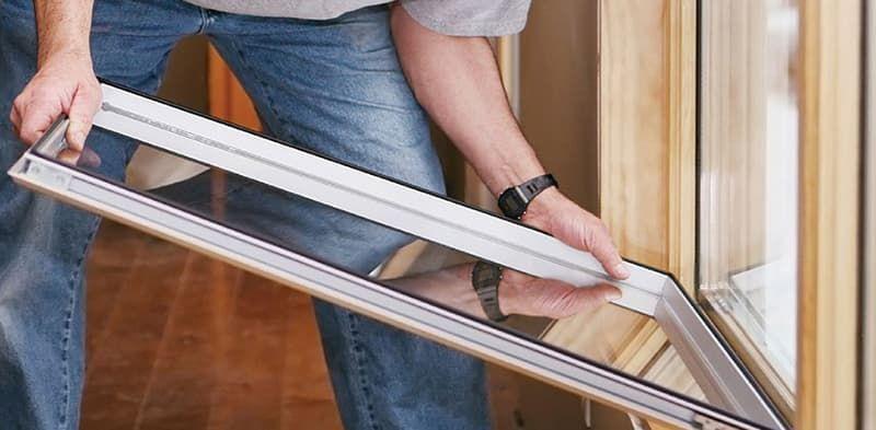 заменить стеклопакет в деревянном окне