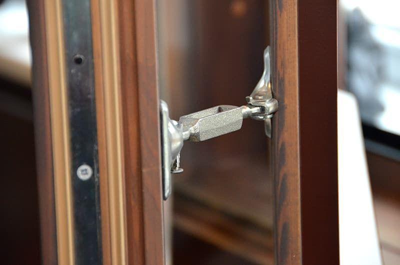 Деревянные взломозащищёные окна