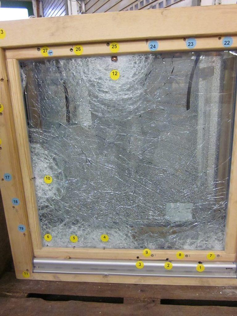 Пуленепробиваемые деревянные окна