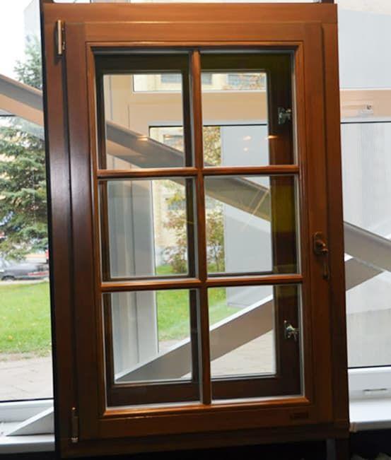 Историческое окно двухрамной конструкции