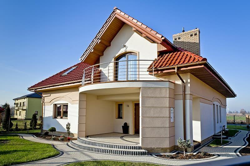 Деревянные окна для коттеджей – уют на долгие годы