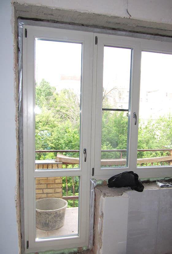 Балконные двери из дерева