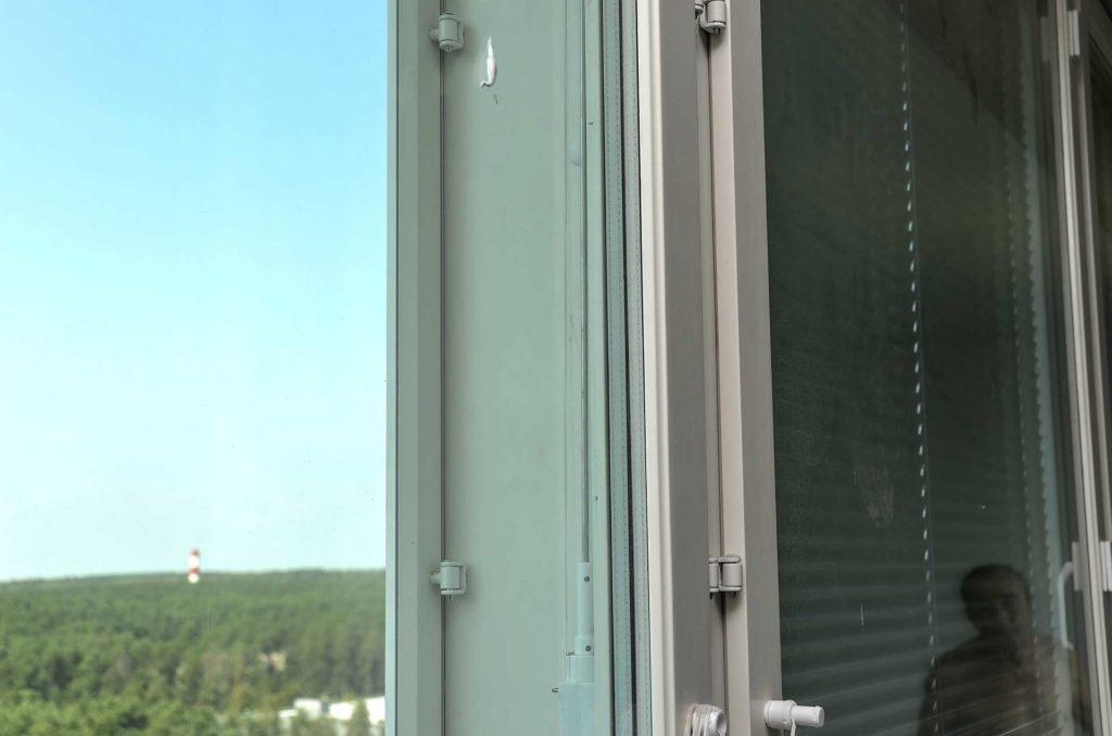 ustanovleny-okna-finskoj-dvuhramnoj-konstrukcii