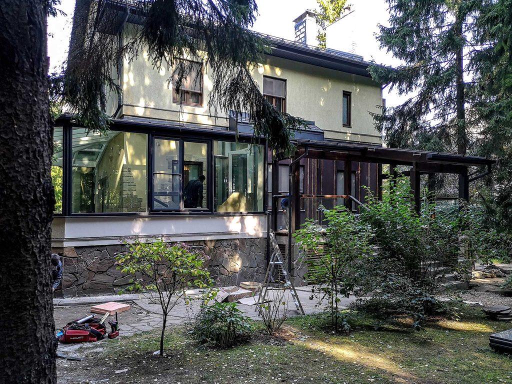 Зимний сад изготовлен из лиственницы - Одинцовский район