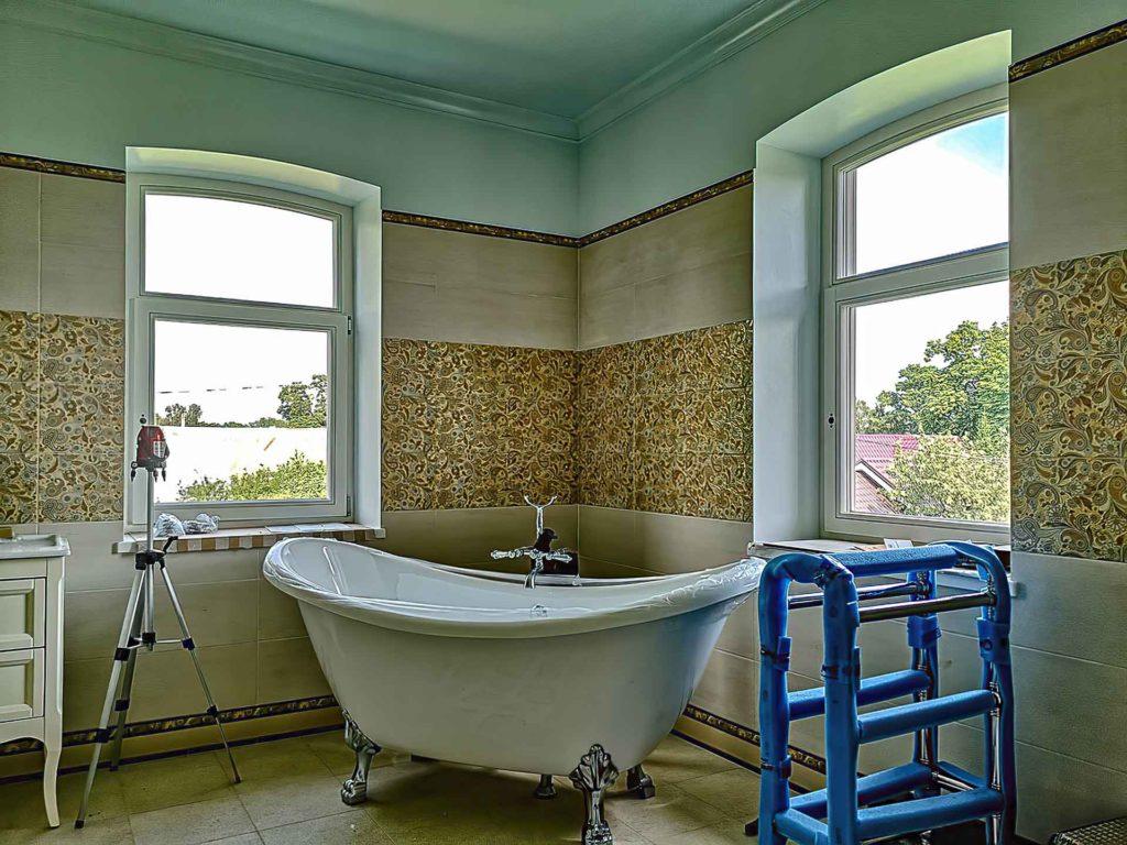 ванна исторические окна