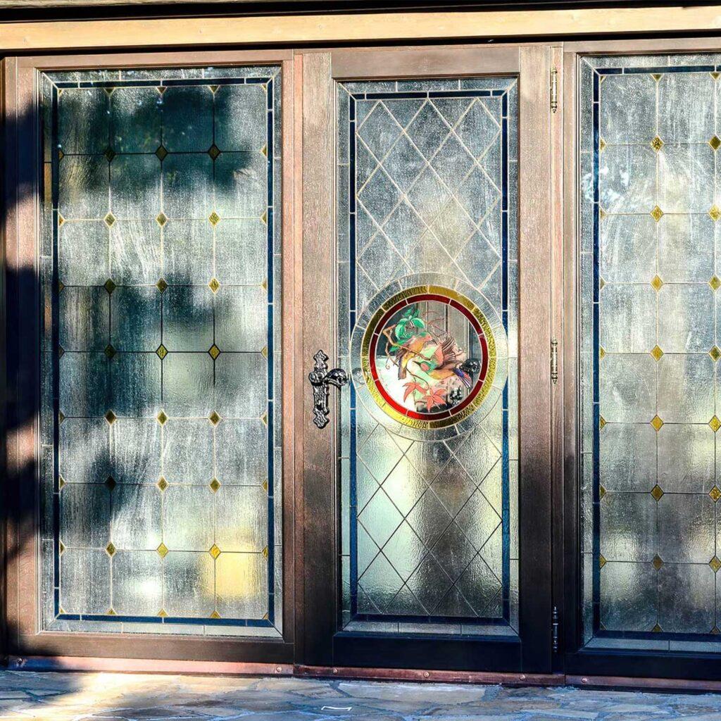 Окна в коттедж исторические